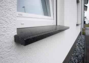 Fensterbänke aus Naturstein.
